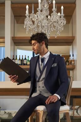 Javier Arnaiz trajes de novio con chaleco jacquard